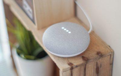 Röststyr ditt smarta hem med Google Home Assistant